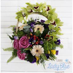 Aranjament floral in cos AF53