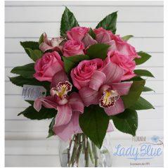 Buchet trandafiri si cupe orhidee B86