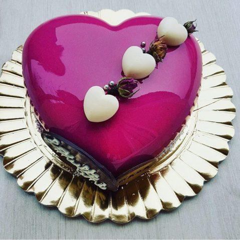 Tort Rouge in forma de inima