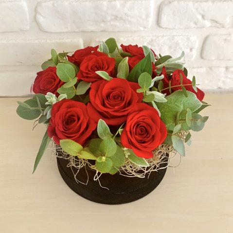 Cutie cu trandafiri