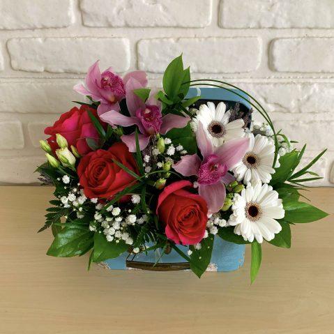 Aranjament floral in cufar AF95