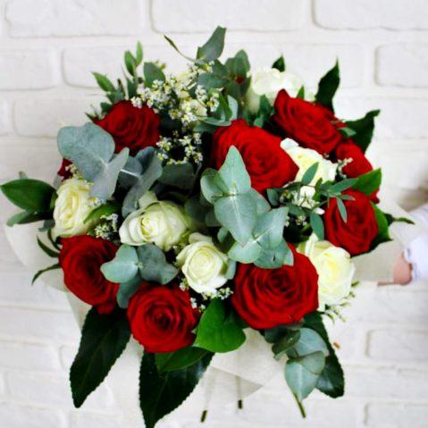 Buchet trandafiri B19