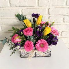 Cos cu flori roz AF194