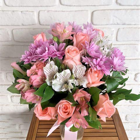 Buchet cu flori roz