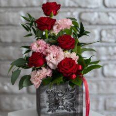 Aranjament cu trandafiri și eustoma AF493